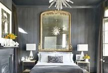Take a Shine to Glam Bedrooms / Get your fix of gold, silver, mirrors, chandeliers, and straight-up luxury in these glamorous bedrooms.