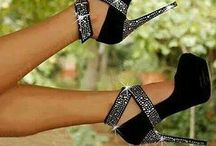 sapatos e sandálias