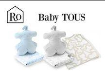 Baby TOUS Temporada 2014 / Tous es una conocida marca de moda y joyería, identificable fácilmente gracias a su singular oso. En su línea infantil, más conocida como Tous bebé o Tous Baby, encontramos productos como: albornoces; mantas de algodón; alfombras de baño; muselinas, ranitas, gorros y manoplas…