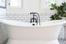 ▲ Je prends un bain / Idées de décoration ou bien d'agencement pour une belle salle de bain, apaisante et fonctionelle  Tableau créé par : http://auriginalite.com