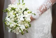 White Wedding Flowers / For anybody planning a classic white wedding, here are some of our favourites - from us and from around the web - that we hope will inspire :)