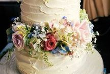 Cake Flowers / Wedding cake flowers inspiration - from our work and our favourites around the web.