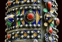 Ethnic and Folk Jewelry, etc / by Frances Appleby