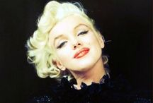 Marilyn Monroe The blonde bombshell / by Richard Gass