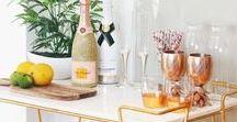 #Cocktailbar / Ihr möchtet gerne etwas frischen Wind in euer Zuhause bringen? Wie wäre es mit einer eigenen Hausbar! Wir lieben die verschiedenen Designs und auch die Flaschen sind ein echter Hingucker ♥