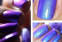 Icy Snow - Thermal polish  / Icy Snow is one of our best selling polish. It is a blue thermal polish with violet/blue shimmer.