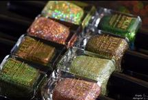 Christmas 2014 Collection / Multichrome, glitter, holographic polish all in this collection!