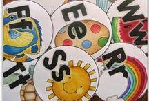 Alphabet & Beginning Sounds Activities {ELA} / Teaching ideas for teaching the alphabet and beginning letter sounds. Suitable for homeschool, childcare, preschool, kindergarten and first grade.