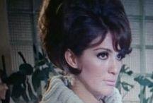 Tere Velazquez / Actriz mexicana  Teresa (Tere) Velázquez (Ciudad de México, 8 de marzo de 1942 —  7 de enero de 1998) fue una actriz, cantante, bailarina, modelo y presentadora mexicana; en su país es considerada todo un icono del cine mexicano de los años 1960. Hermana de la también actriz Lorena Velázquez, su fama la llevó a trabajar en gran parte de Latinoamérica, España e Italia. Definida alguna vez como la mujer más insoportablemente femenina por el escritor francés Jean-Paul Sartre.1
