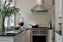 Charming kitchens / Kitchens that are not your average.