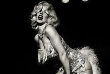 Burlesque / Beautiful make up and constumes. Love this kind of show so much!