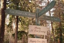 Signs by Stressfreehire / Examples of various signs created by Stressfreehire for weddings and events across the UK. All images are our own.