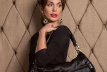 KeriKit Handbag #CharliePony / Love the look of Charlie Pony - Luxurious, Italian Leather, yet its amazingly practical!. So much more than a 'black bag' #changeswithyou  #kerikit  #charliepony #businesswoman  #changingbag