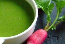 Nos soupes et veloutés / On demande de l'onctuosité, du goût, de la facilité, bref le tout dans un bol.