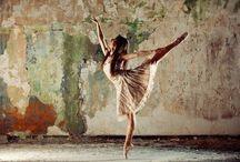 Dancers / by Luz Guerrero