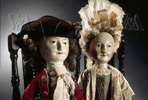 Queen Anne & Peg Dolls