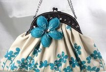 vintage bags I love / by Christine Graves