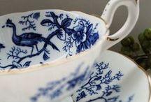 Tavola in bianco e blu / Blue & white tablescapes