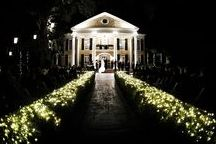 Southern Oaks Plantation-New Orleans Wedding Reception Venue / Whether planning a gorgeous daytime ceremony under our picturesque live oaks, or a spectacular nighttime event with the Plantation magnificently illuminated, at Southern Oaks we can make your dreams come true.