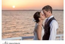 Destin Wedding of Jennifer + James / J + J tied the knot at the end of June on the SOLARIS for an amazingly romantic and fun Destin wedding on the water! Photography by the talented Alena Bakutis Photography.