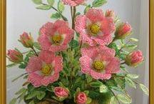 Kwiatki z koralikow