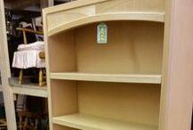 Bookcases / Shelves