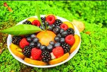 FRUIT BOWLS / There's never a bad time to have a delicious and nutritious fruit bowl, here's some that we made earlier. Hope it inspires you to be healthy