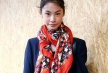 Oversized Scarves and Ways to Wear Them / Gorgeous, over-sized, extra large scarves can be worn in so many ways: as a shawl, wrapped around your neck as a luxurious fashion statement