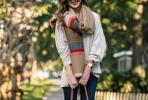 Long Scarves - Different Ways to Wear and Style Them / Long scarves, also called oblong scarves and rectangular scarves are super easy to wear and are flattering to all body types.