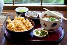 Beautiful Japanese Food / Ich finde es immer sehr inspirativ, wenn man sich Fotos von schön angerichtetem Essen ansehen kann. So lernt man vielleicht die gewisse Ästhetik zu verstehn und irgendwann auch mal selbst anzuwenden. Hier also eine kleine Sammlung von Bildern, die mir persönlich gut gefallen. :) Mehr Infos, Rezepte & mehr gibts auf meinem Blog: www.bento-lunch-blog.de