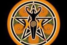 Pentagramm/Pentacel / by Andrea Z