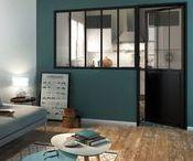 La verrière d'atelier / Laissez entrer la lumière ! Avec les verrières d'ateliers ou verrières d'intérieurs, vous pouvez illuminer facilement vos pièces et changer radicalement l'ambiance sans tout décloisonner.