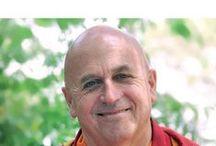 """Nature et bienveillance / """"Nature et Bienveillance"""" est le thème de la conférence environnement 2016 organisée par la Fondation LÉA NATURE/Jardin BiO avec Matthieu Ricard, Docteur en génétique cellulaire, moine bouddhiste tibétain et traducteur du Dalaï Lama."""