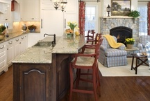 Kitchens / by Debbie Snyder
