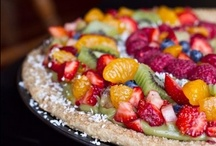 Vegetarian & Vegan Pizza / by Marie Muckey