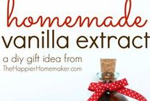 Gift Giving on a Dime / Gifts that are inexpensive, easy to make, and thoughtful.