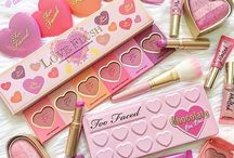 Oh, how I covet thee / Products adored by Dollface Beauty Blog
