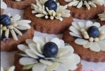 Joanna's cake decorations / #Decorations and pictures of cakes, #cookies and desserts - I made these:)!