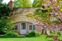 A Lovely Cottage / by Lora Swift