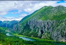 Dalmatia excursions / Excursions in Dalmatia by Gulliver Travel.  Day tours to Dubrovnik, Krka waterfalls, Biokovo mountain, Split, Trogir,  and many more...  Meet the beauties of Dalmatia, its culture, history and nature..or go biking, kayaking or horseback riding..you pick!