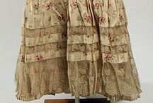 Late Victorian Undergarments / Late Victorian underclothes, 1890-1901: chemises, drawers, petticoats, hip pads, etc.