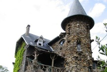 Abandoned / Some of the houses would be great fixer uppers..others, I don't think I'd set foot near - possibly haunted! ;D