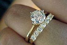 Solitaire Diamond Engagement Rings / Unique settings for round cut diamond engagement rings
