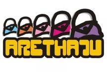 Habitación de Arethaju / Arethaju son bolsos y complementos hechos a mano, tanto para niñas y niños como para adultas y adultos. Ju, el alma y las manos de Arethaju, es la que hace posible este gran abanico de creaciones desenfadadas, prácticas y únicas.