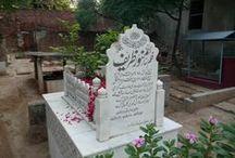 Bibi Pak Daman Graveyard Lahore / A few burials in the graveyard