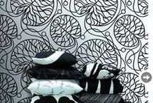 I Heart Wallpaper / We love these stunning wallpaper designs that will transform any space in your home and showcase your creativity.   Endless design possibilities that are durable, easy to apply and can be removed without damaging the wall underneath.
