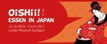"""Oishii! Essen in Japan / Sonderausstellung im Linden-Museum Stuttgart, 15.10.2016 - 23.4.2017  """"Oishii!"""" – """"Es schmeckt mir!"""" – ist das in Japan geläufigste Wort, um Wohlgeschmack am Essenstisch zu signalisieren. Es ist ein Ausdruck, der einhergeht mit der sozialen und kulturellen Identität des Essenden. Denn Essen ist in Japan weit mehr als Ernährung. Es ist mit allen Bereichen des menschlichen Lebens verbunden und ermöglicht den Blick auf die verschiedensten Aspekte der Gesellschaft."""