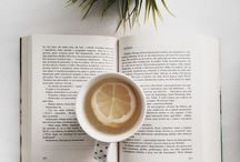 Bookoholic / Bookstagram, book inspiration, aesthetic photos. Coffee addiction