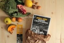 Wendell Berry / Scrittore, poeta e ambientalista statunitense. «Il profeta dell'America rurale». Per collaborare alla bacheca: web@lindau.it