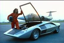 Ancient Concept Vehicles / Its funny to look at how far technology has come over the past 30 years.